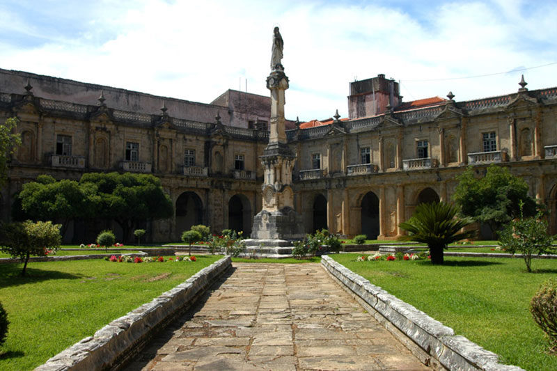 Coimbra Mosteiro Santa Clara-a-Nova