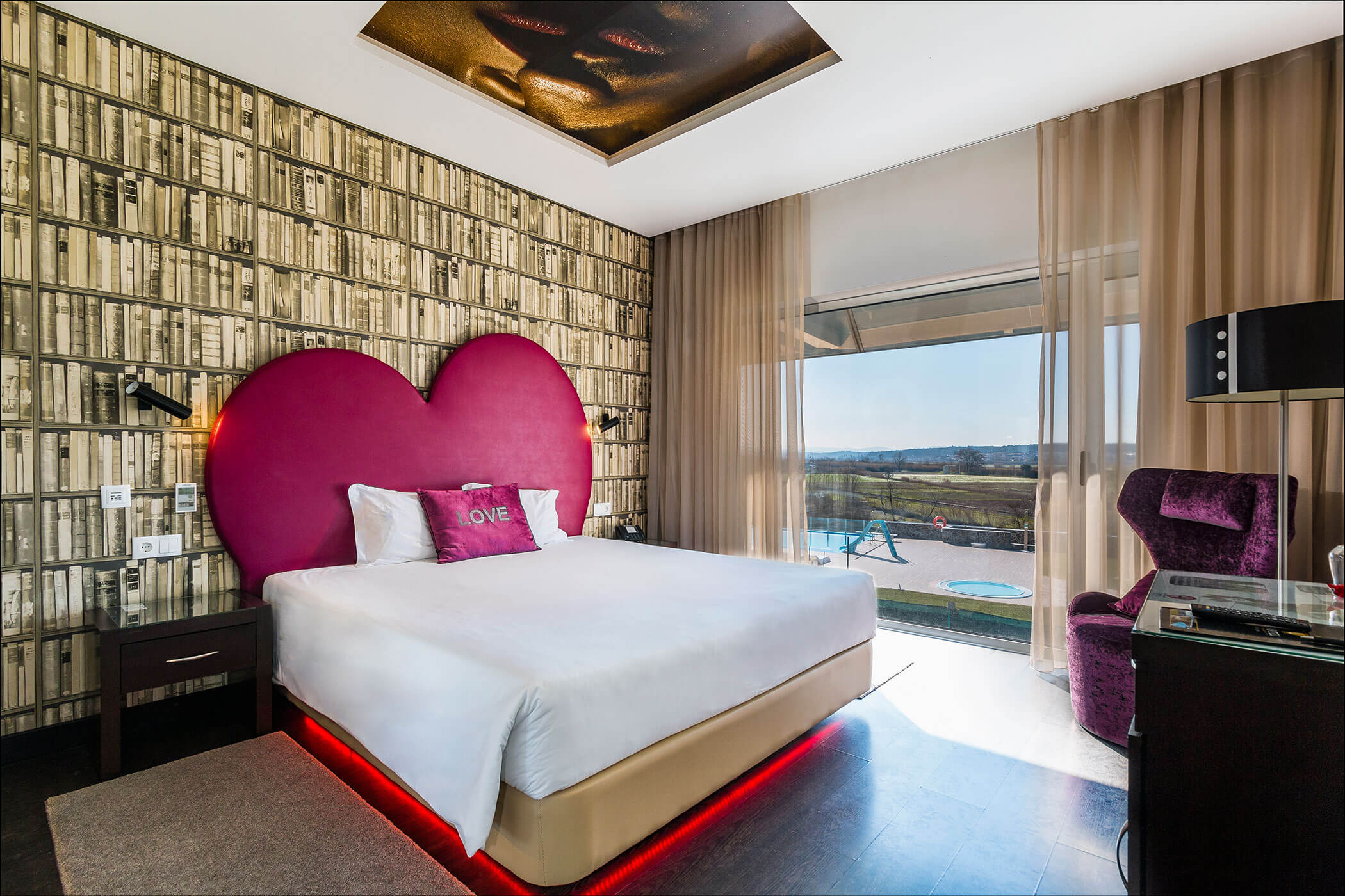 Room Crime do Padre Amaro - Lisotel Hotel and Spa, Leiria